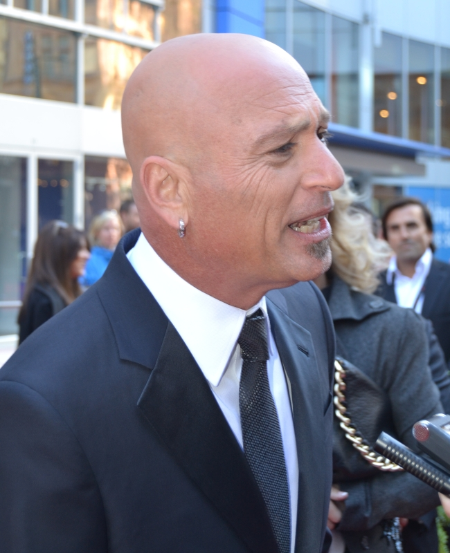 2011 CWOF Canada Walk Of Fame Red Carpet - Howie Mandel