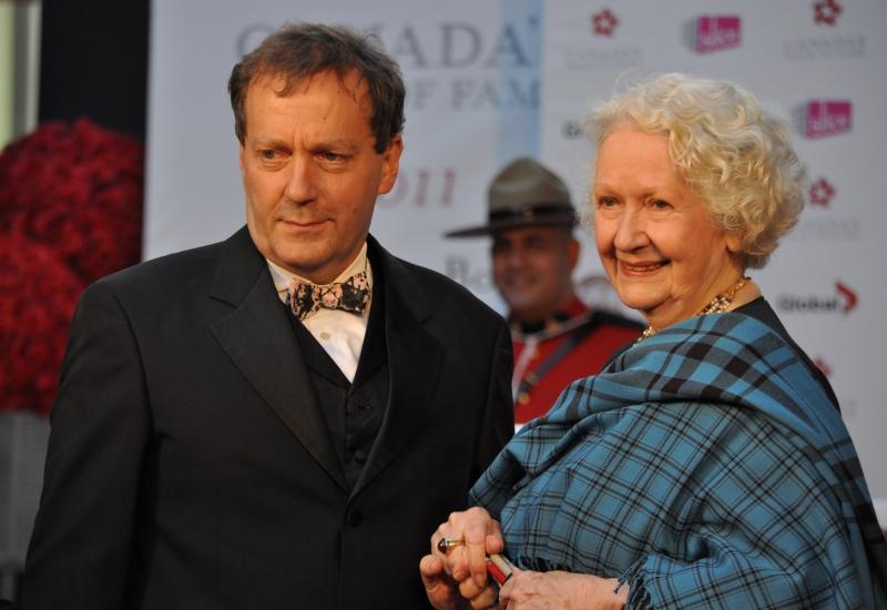 2011 CWOF Canada Walk Of Fame Red Carpet - Mordecai Richler