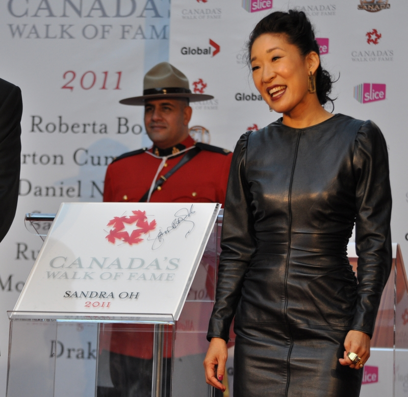 2011 CWOF Canada Walk Of Fame Red Carpet - Sandra Oh