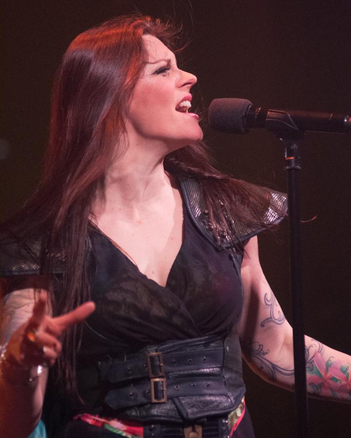 Floor Jansen - Nightwish - Decades Tour - Rapids Theater, Niagara Falls, NY - 23-Mar-2018