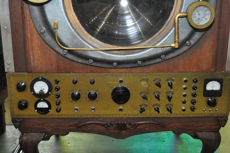 RUSH Time Machine Tour - Closeup of some of the steampunk effects on the cabinets