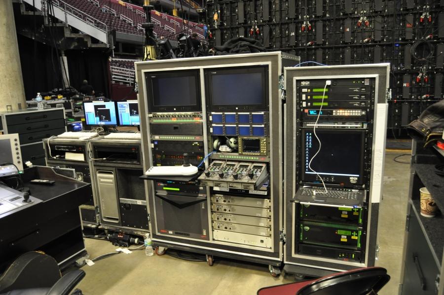 RUSH Time Machine Tour - Hippotizer - HD Green Hippo Media Server - Catalyst Media Server