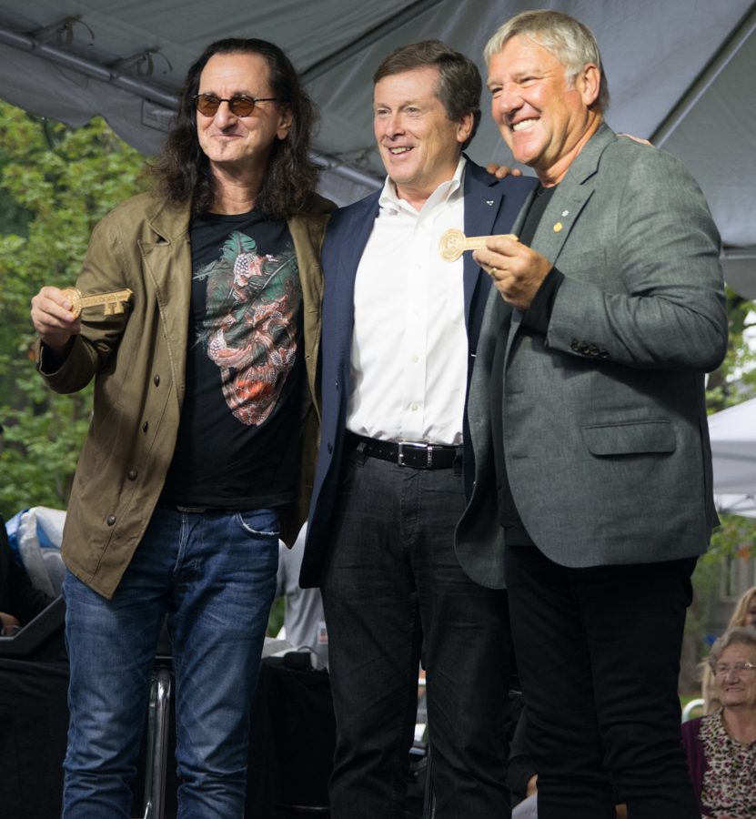 Lee Lifeson Art Park - Geddy Lee and Alex Lifeson with Mayor John Tory