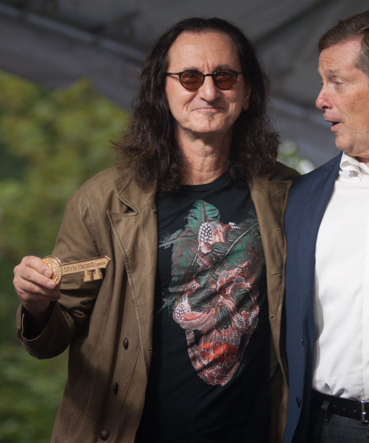 Lee Lifeson Art Park - Geddy Lee with Mayor John Tory